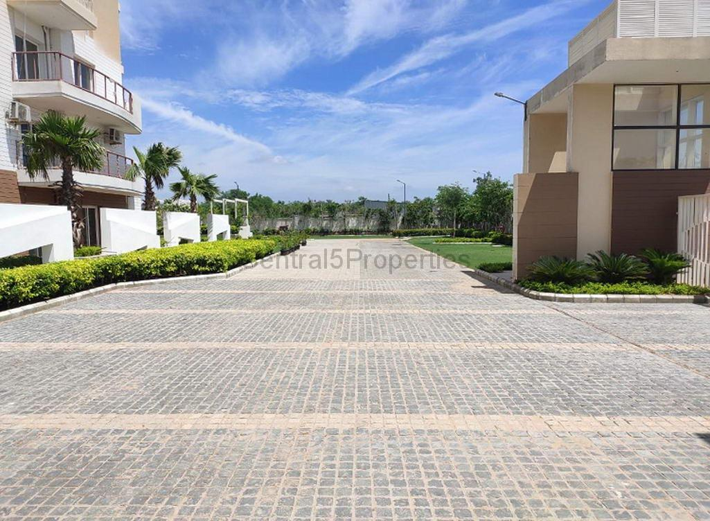 Flats Apartments for sale to buy in Gurgaon Sohna Road Eldeco Acclaim