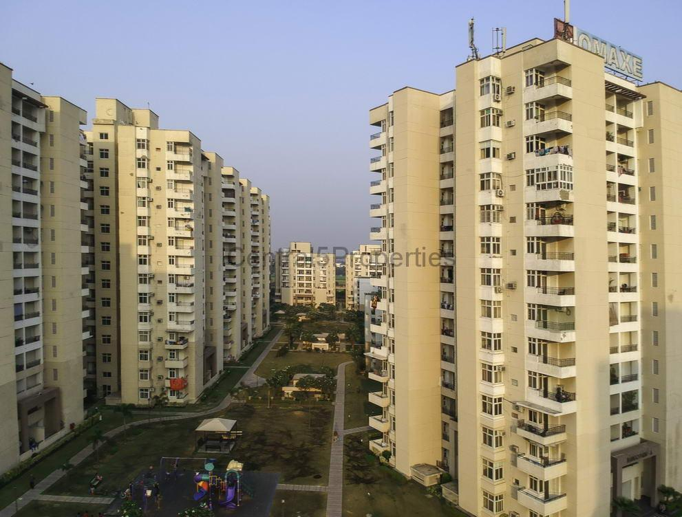 Flats Apartments for sale to buy in Greater Noida Sector Mu Omaxe Palm Greens