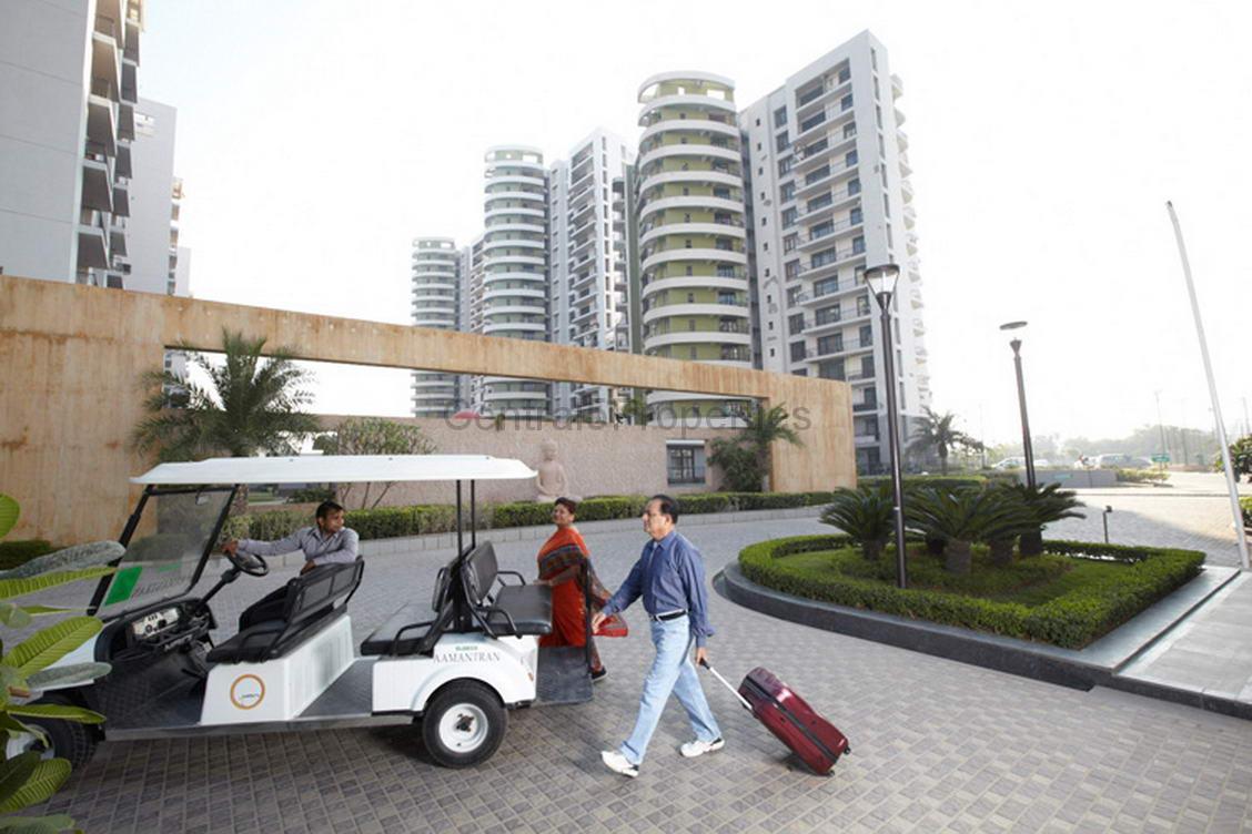 Flats Apartments for sale buy in Sector 119 Noida Eldeco Aamantran